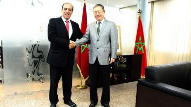صورة لي لي يدعو الى تعزيز أمثل لعلاقات الثقة مع المغرب و احترام اختياراته
