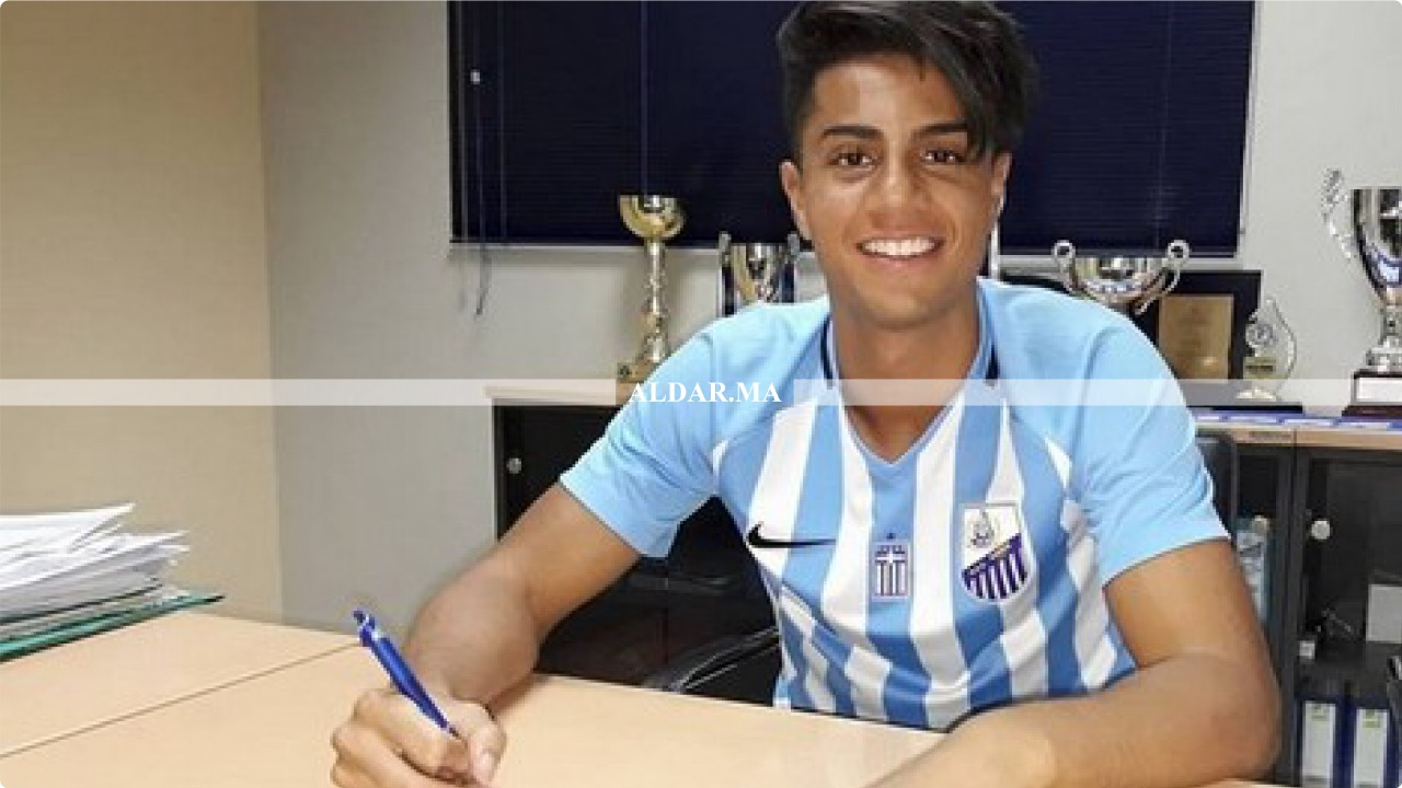 صورة نادي يوناني يصدر قرارات صارمة في حق اللاعب المغربي هاشم مستور