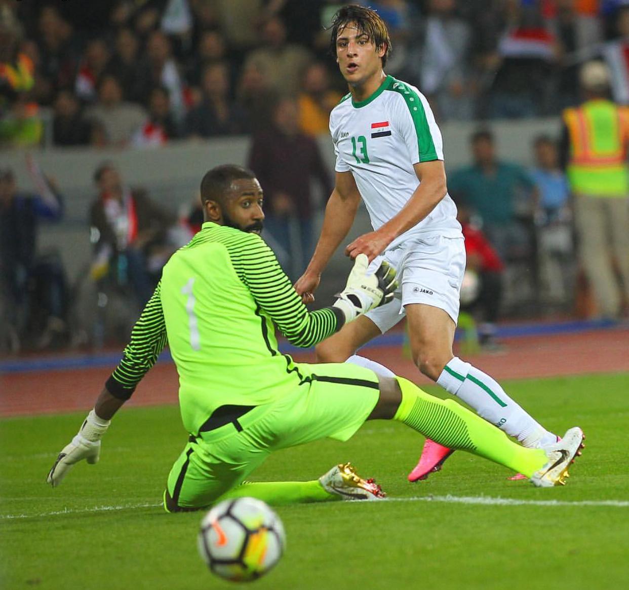 Photo of بالفيديو.. لاعب عراقي يجرز هدفا على طريقة مارادونا
