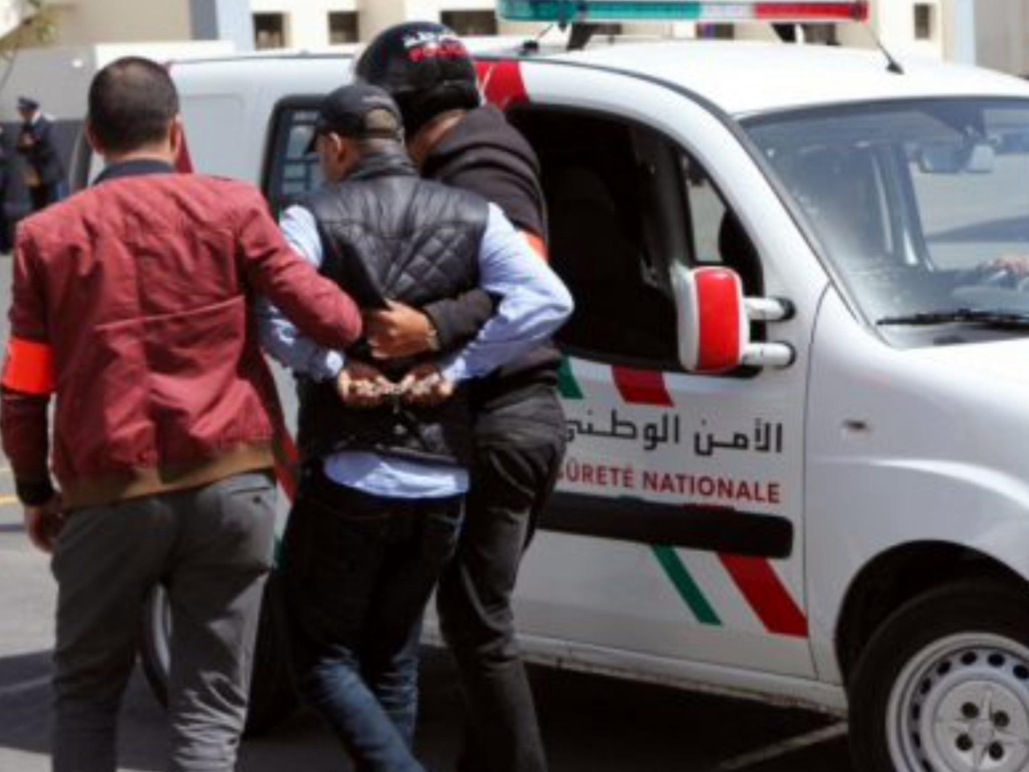 Photo of أمنيون وموظفون ضمن شبكة البيضاء المتخصصة في تزوير وثائق التجنيس