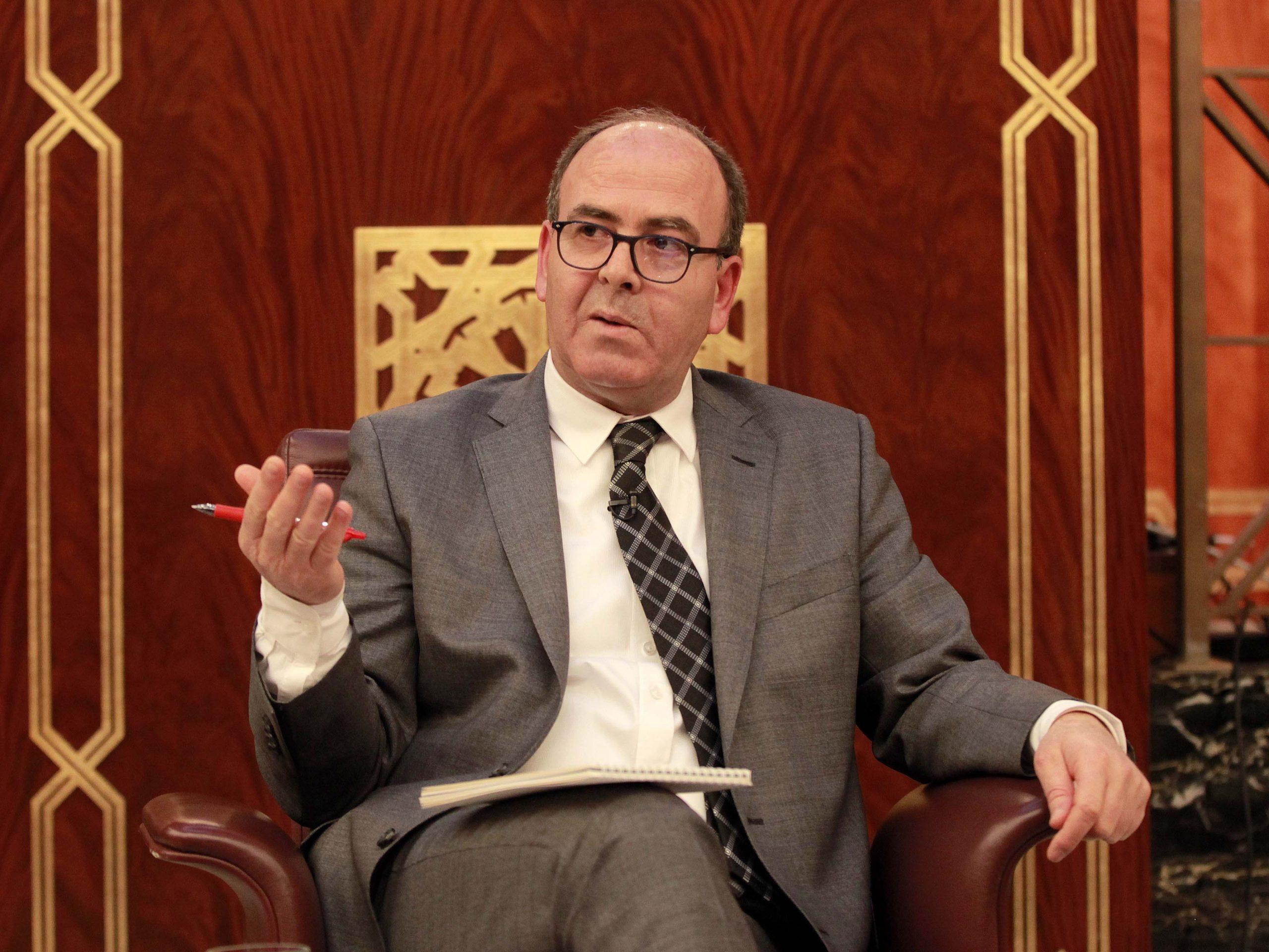 """صورة """"تهالك"""" تجهيزات مجلس المستشارين يغضب بنشماش"""