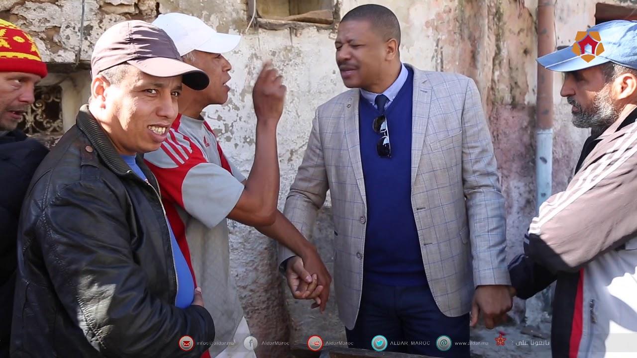 """صورة حصريا لـ""""الدار"""": فيديو لحوار بين مسؤول كبير بالبيضاء وساكنة منازل الموت"""