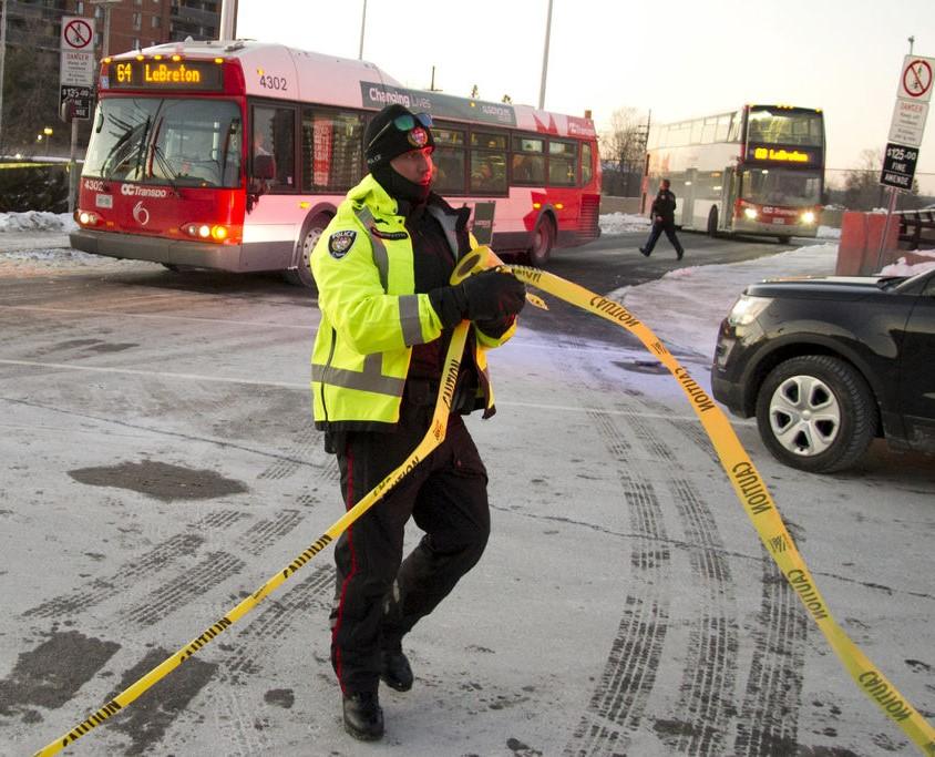 صورة 3 قتلى و23 مصابا بحادث تصادم حافلتين في كندا