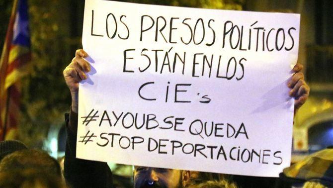 """Photo of """"انفصالي"""" مغربي يواجه خطر الطرد من اسبانيا بسبب كاتالونيا"""