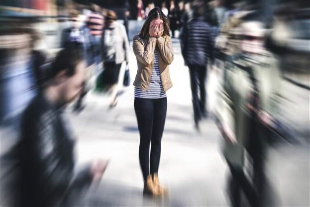 Photo of تصاب بالهلع في الأماكن العامة؟.. 5 نصائح تخلصك من المشكلة