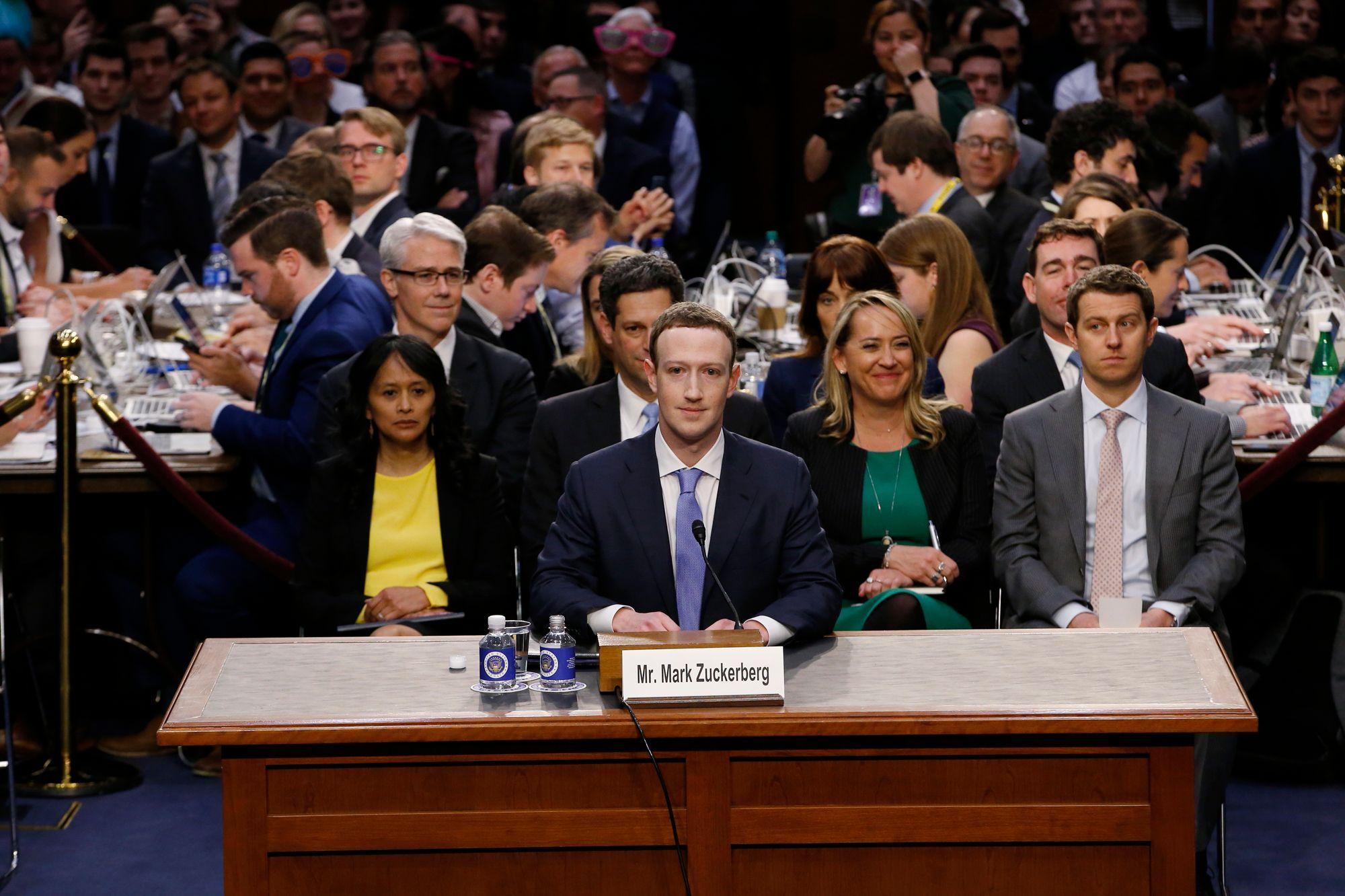 Photo of تحقيق أميركي مع شركات تكنولوجيا عملاقة بشأن الاحتكار