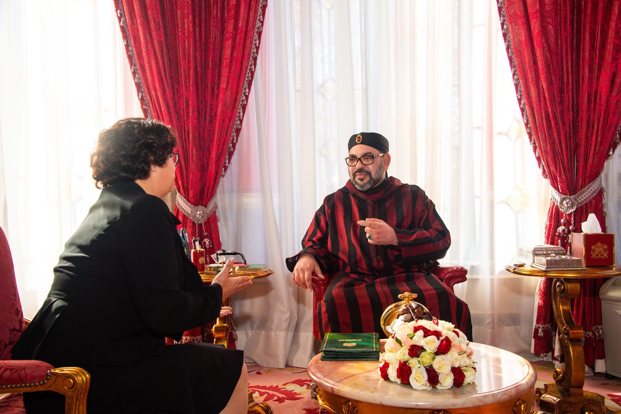 """صورة بلاغ الديوان الملكي.. محمد السادس يعين أخرباش رئيسة لـ""""الهاكا"""""""