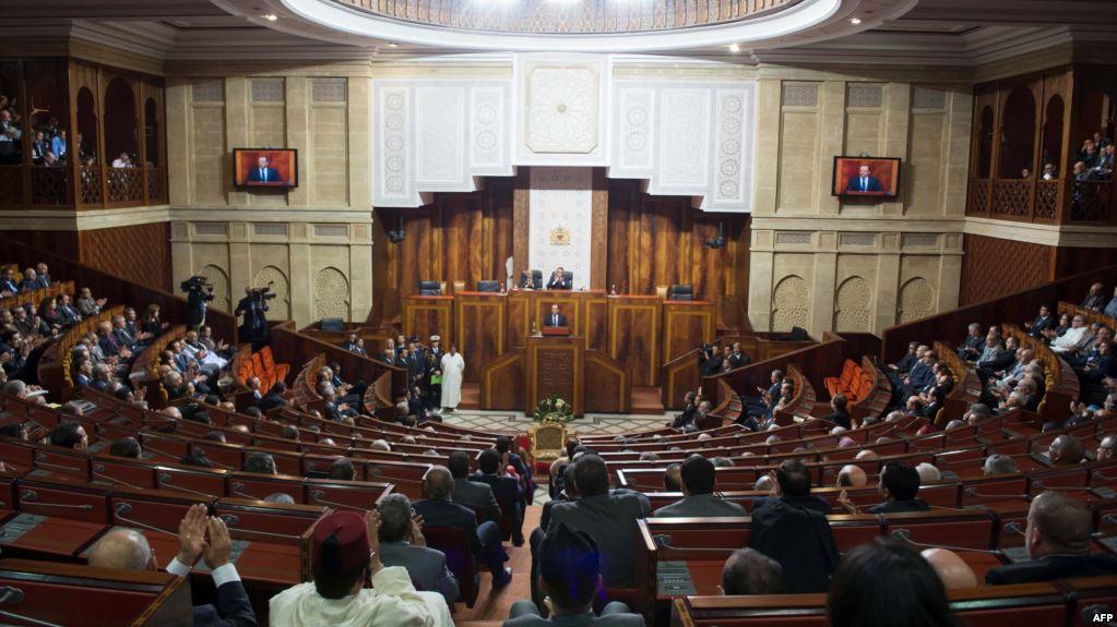 Photo of التوقيت الصيفي يشعل جلسة البرلمان والنواب يحاصرون الحكومة