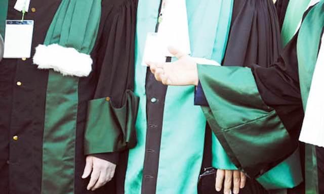 Photo of القضاة يدعمون زميلهم الموقوف من طرف أمن مراكش