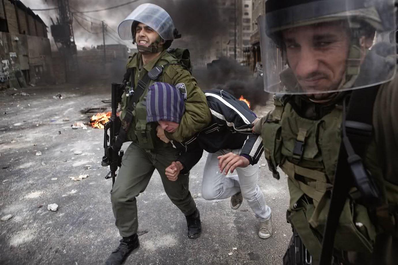 صورة الاحتلال الإسرائيلي يعتقل 19 فلسطينيا في الضفة الغربية