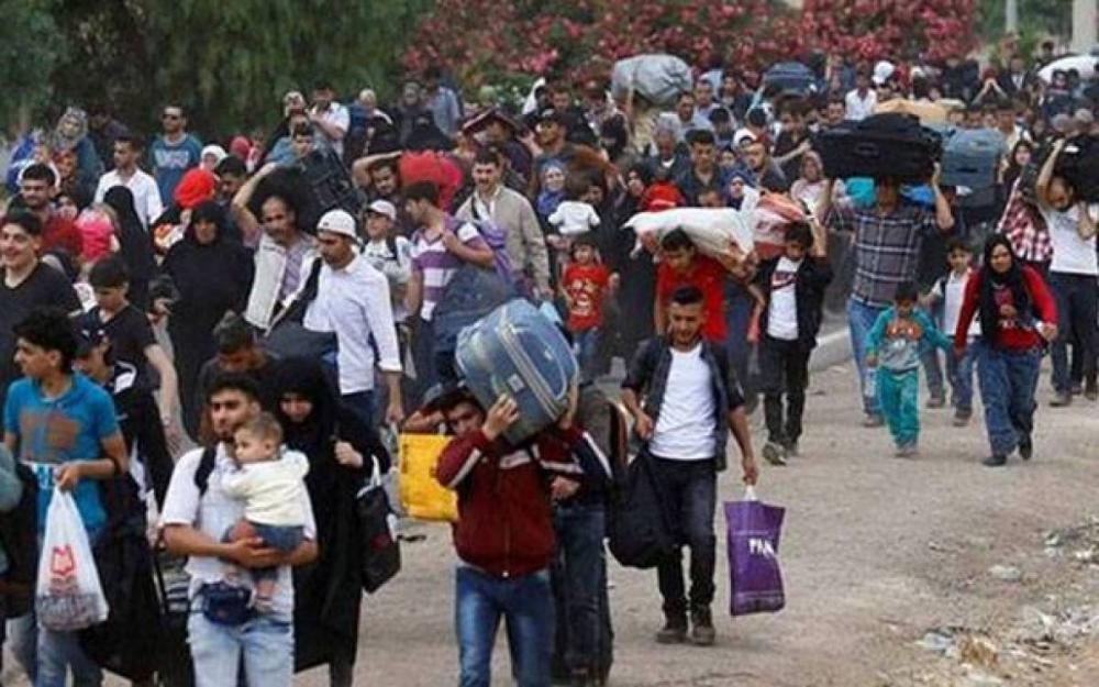 صورة نزوح أكثر من 300 ألف مدني في شمال شرق سوريا منذ بدء الهجوم التركي