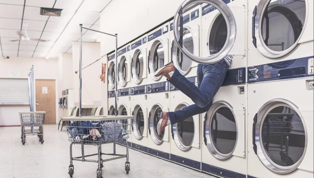 Photo of لماذا يجب علينا غسل الملابس الجديدة قبل ارتدائها؟