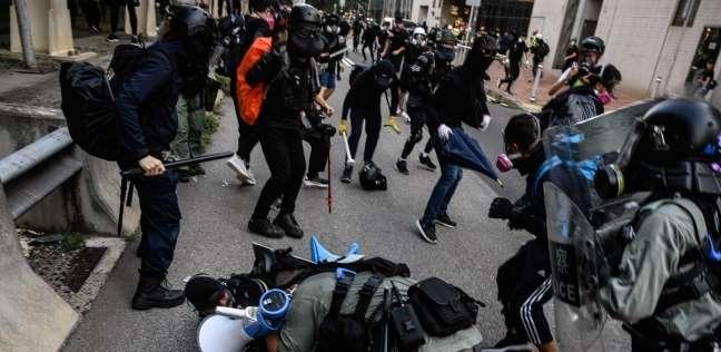صورة صدامات محدودة في هونغ كونغ في أسبوع الاحتجاجات السادس عشر