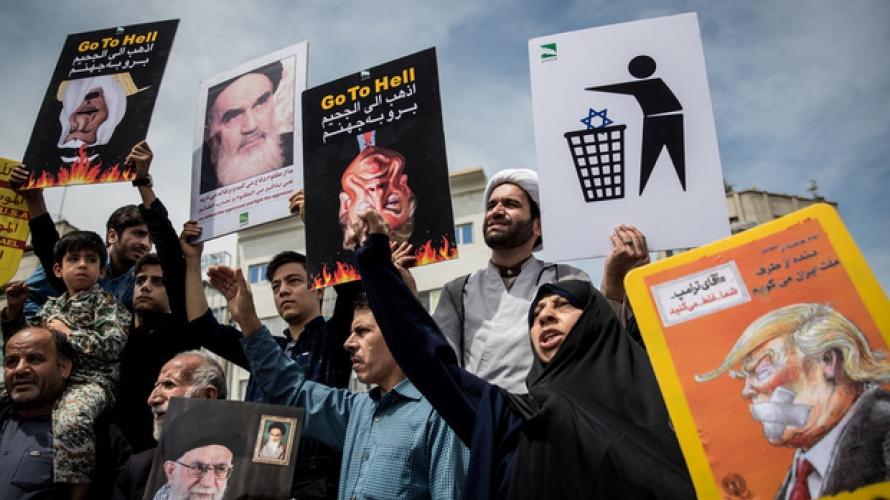 Photo of إيران في الإعلام.. أزمات اقتصادية تضيق الخناق على طهران