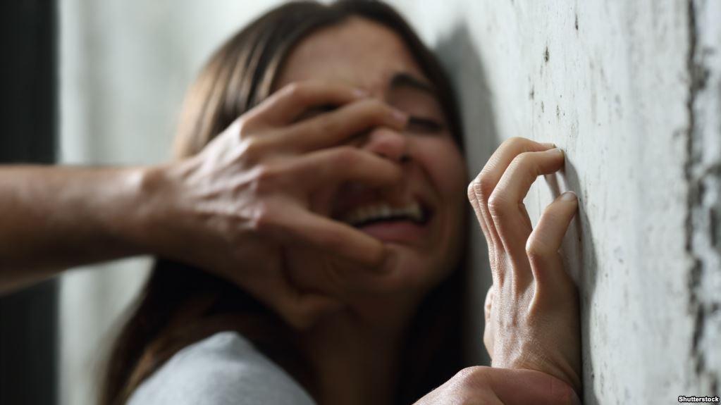 """صورة تقرير: 47 في المائة من النساء يتعرضن إلى """"عنف نفسي"""""""