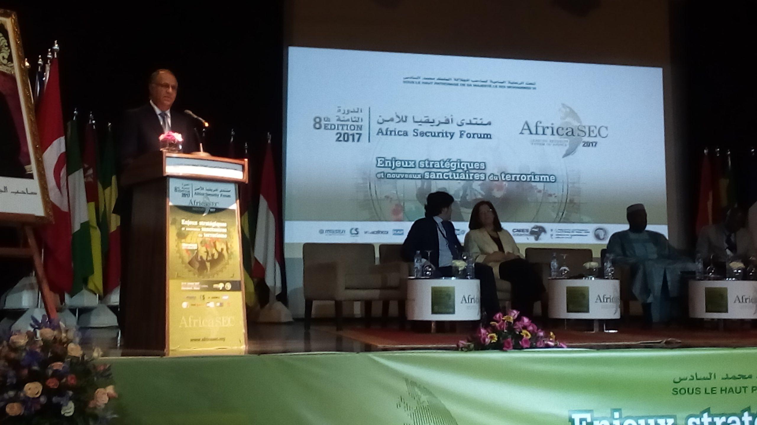Photo of منتدى إفريقيا للأمن بمراكش.. تسليط الضوء على استراتيجية المديرية العامة للأمن الوطني في مجال محاربة الجريمة المعلوماتية