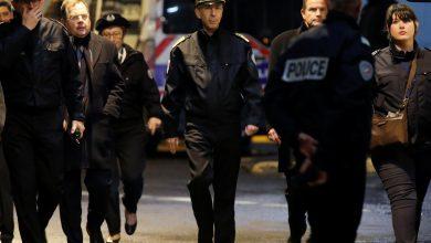 """صورة السلطات الفرنسية تعلن """"تحييد"""" شخص هدد الشرطة بالسلاح الأبيض قرب باريس"""