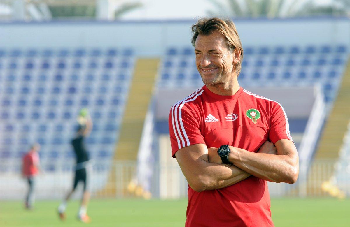 Photo of رونار يهنّئ لاعبي المنتخب المغربي بعد تتويجهم بألقاب الموسم