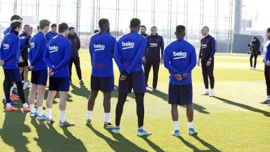صورة بالصور.. سيتين يقود أول حصة في تدريب برشلونة
