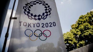 صورة رئيس اللجنة الأولمبية يؤكد إقامة منافسات طوكيو 2020 في موعدها المحدد