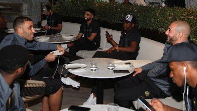 """صورة بالفيديو..حمد الله وأمرابط في عشاء """"احتفالي"""" مع لاعبي النصر"""
