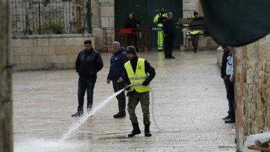 صورة مقتل شخص يحمل سكيناً اقتر ب من عسكريين في القدس