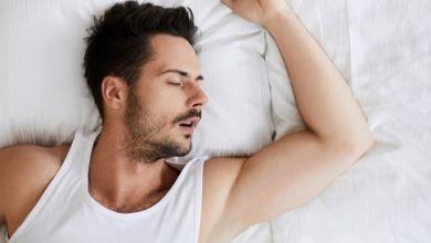 Photo of العلاقة الحميمية بين الازواج تساعدك على النوم