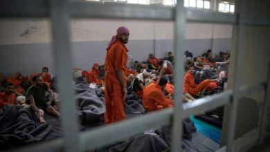 صورة شغب وفرار من داخل سجن في سوريا يضم جهاديين