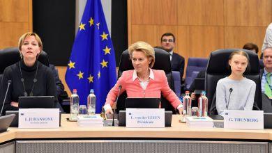 """صورة الاتحاد الأوروبي يعرض """"قانون المناخ"""" بحضور غريتا تونبرغ"""
