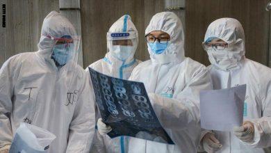 صورة تشديد الإجراءات الوقائية في عدة بلدان حول العالم تزامنا مع ارتفاع الإصابات بفيروس كورونا