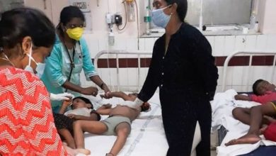 صورة مزيد من عمليات الإجلاء قرب مصنع هندي إثر تسرب غاز قاتل