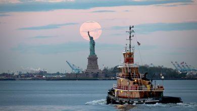صورة العزل مستمر في نيويورك وتساؤلات حول مستقبل المدينة