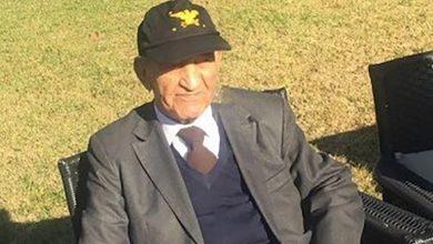 صورة السفير الأمريكي الأسبق بالرباط يكشف حكاية قبعة أهداها وزير الدفاع الأمريكي لليوسفي