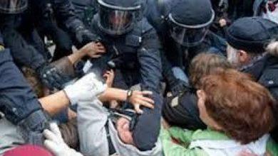 صورة صدامات بين المواطنين والشرطة في مدينة شتوتغارت الألمانية