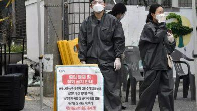 صورة حجر آلاف من أتباع كنيسة في كوريا الجنوبية إثر ظهور إصابات بكورونا في أوساطهم