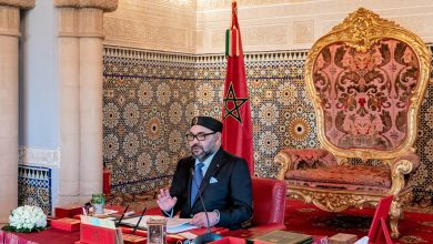 صورة جلالة الملك يهنئ سلطان عمان بمناسبة احتفال بلاده بعيدها الوطني
