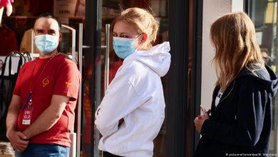 صورة عالم فيروسات ألماني: لن نتخلص من الكمامة قريبا وشتاء صعب ينتظرنا