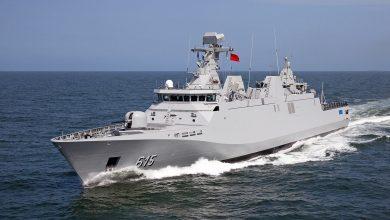 """صورة إخضاع فرقاطة """"محمد السادس"""" العسكرية للصيانة في ميناء """"لوريان"""" الفرنسي"""