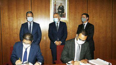 صورة قطاع السيارات.. توقيع عقد استثمار بين مجموعة عبد المومن وصندوق الإيداع والتدبير للاستثمار