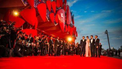 صورة افتتاح مهرجان البندقية بتعبير عن التضامن مع صناعة السينما المتضررة من جائحة كورونا