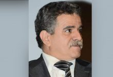 """صورة يوم الجمعة من الإذاعة الوطنية بالرباط: """"مدارات"""" يضيء التجربة المسرحية للكاتب المغربي محمد بهجاجي"""