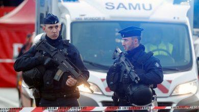 صورة فرنسا.. توقيف متورطين جدد على خلفية جريمة مقتل مدرس بقطع الرأس في فرنسا