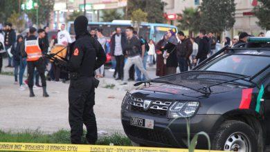 صورة ضابط شرطة بالبيضاء يضطر لاستعمال سلاحه الوظيفي خلال عملية لتوقيف ثلاثة جانحين