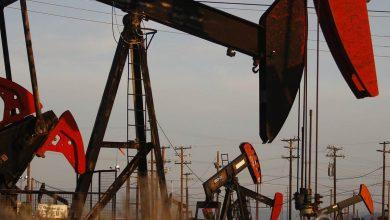 صورة انخفاض أسعار النفط بفعل زيادة في مخزونات البنزين