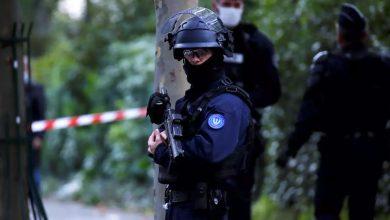 صورة فرنسا: من هو منفذ الاعتداء الذي استهدف أستاذا بقطع رأسه قرب باريس؟
