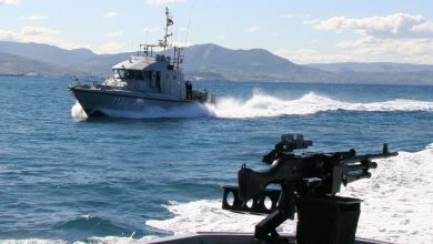 صورة البحرية الملكية تجهض محاولة لتهريب المخدرات بعرض المتوسط