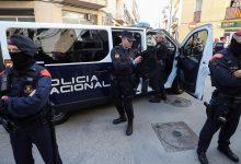 صورة اعتقال 6 أشقاء مغاربة في تفكيك شبكة إجرامية لتهريب الكوكايين في اسبانيا