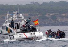 """صورة إنقاذ 8 """"حراكة"""" مغاربة ووفاة آخر في عملية للإنقاذ البحري الاسباني قرب الجزيرة الخضراء"""