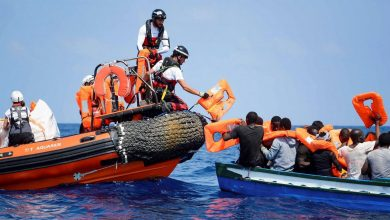 """صورة """"اجتياح"""" المهاجرين غير النظاميين لجزر الكناري تدفع رئيس حكومتها المحلية الى زيارة الرباط"""