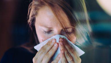 صورة ما هي أوجه التشابه بين الأنفلونزا الموسمية وكوفيد- 19؟